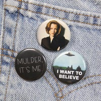 Mulder, It's Me 1.25 Inch Pin Back Button Badge