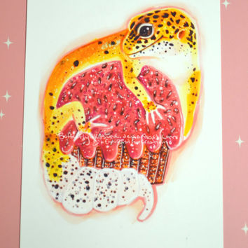"Leopard Gecko On a Pink Frosted Cupcake with Jimmies! Birthday Valentines Wall Art Glossy 6""x4"""