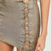 Missguided - Carli Bybel x Missguided Gold Metallic Lace Up Skirt