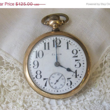 On Sale Vintage 1917 Elgin Pocket Watch 17 Jewels