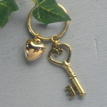 Key To My Heart key Chain  Antique Gold Skeleton Key and Vintage Heart keyChain Wedding Gift