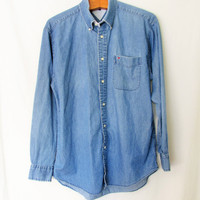Vintage 1990s Tommy Hilfiger Chambray Buttondown Shirt