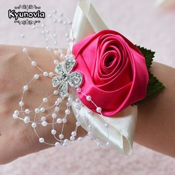 Kyunovia Wedding Prom Corsage Bride Wrist Corsages Flower Pearl Bracelet Handmade Wrist Flower Bridesmaid Hand Flowers FE22