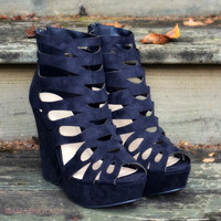 Walk The Walk Black Wedges