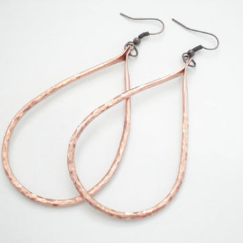 Handmade Copper Hoop Earrings-Hand Hammered Drop Hoops-Recycled Copper Wire Earrings-Metalwork Unique Earrings-Long Hoops Copper Earrings