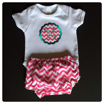 """New Baby Girls Chevron Monogramed """"M"""" Onesuit Outfit 0/3 mo. Fast Shipping"""