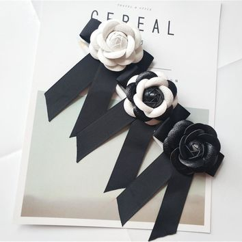 Lady Fashion High Quality Genuine Leather Camellia Flower Bow Brooches Big Size Ribbon Bowknot Camellia Brooch Pins 8 Colors