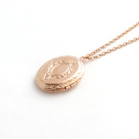 Rose Gold Locket With Vintage Design, Everyday Necklace, Delicate Locket, Oval Locket