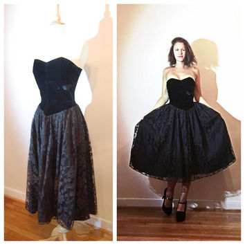 Black Strapless Dress Velvet Sweetheart Bust Lace Skirt Tea Length Sexy Witch Costume Evening Dress size Medium