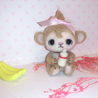 Needle felted monkey / Baby monkey / miniature / soft sculpture