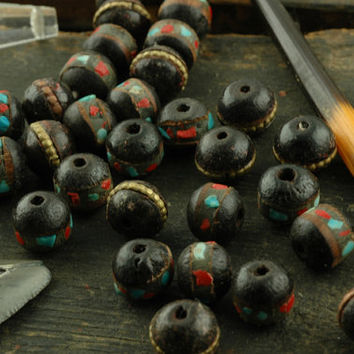 Stained: Black Wood Beads, Inlaid with Coral, Turquoise, Brass / 9mm Rondelle Beads from Nepal / Natural Boho Craft, Jewelry Making Supplies