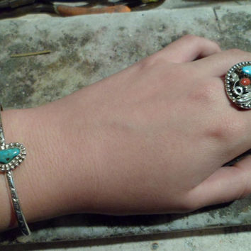 Authentic Navajo,Native American Southwestern sterling silver turquoise bracelet. Large