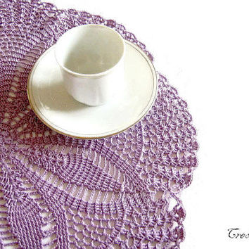 Crochet doilies, Purple Doilies, Round Doilies, Crochet centerpiece, Table decorations, Centrino Lilla (Cod. 12)