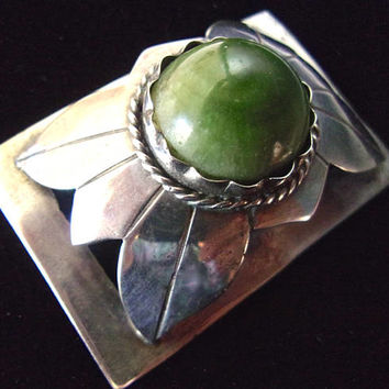 Mexican Jade Sterling Silver Brooch, Raised Flower Motif, Vintage Artisan