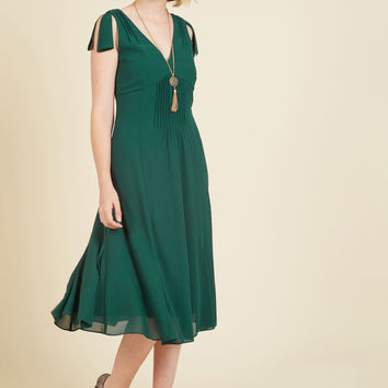 Ties to the Occasion Midi Dress in Pine | Mod Retro Vintage Dresses | ModCloth.com