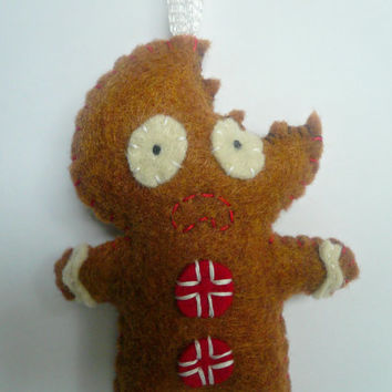 Terrified Gingerbread Man - Funny Christmas Ornament