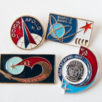 Vintage Soviet pins badges space program Apollo Soyuz by SovietEra