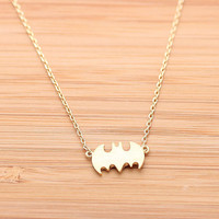 BATMAN necklace, in gold
