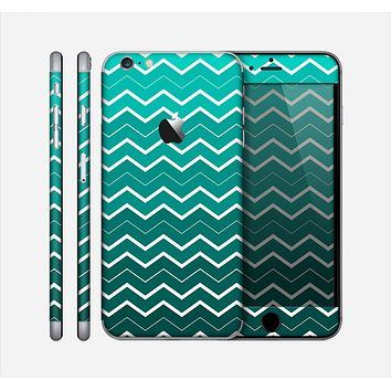 The Teal Gradient Layered Chevron Skin for the Apple iPhone 6 Plus