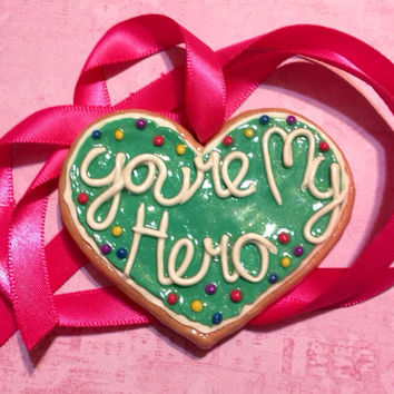 My Hero cookie -- Wreck it Ralph - Cosplay Prop Necklace - Costume Accessories pendant - Movie Replica Cookie Medal