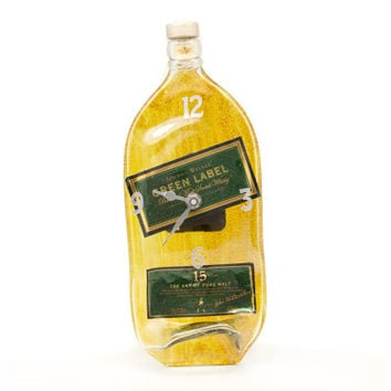 Jonnie Walker - Green Label whisky recycled bottle clock - Recycled Jonnie Walker yellow melted bottle clock - Gift for him - christmas gift