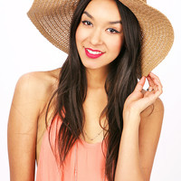 Resort Straw Floppy Hat | Trendy Hats at Pink Ice