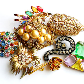 Vintage Rhinestone Brooch Lot - Instant Collection - Bouquet Supplies - Wear Upcycle Resell Resale - Faux Pearl Glass Plastic