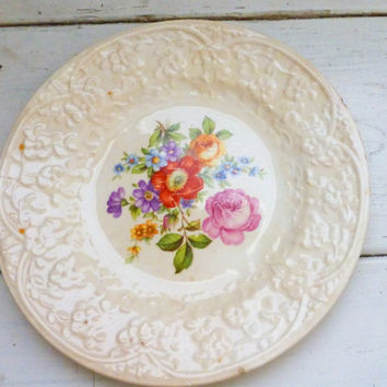 Porcelain plate, floral plate, embossed plate, dessert plate, saucer, shabby chic, floral, round, dessert plate, tea party, cute dish