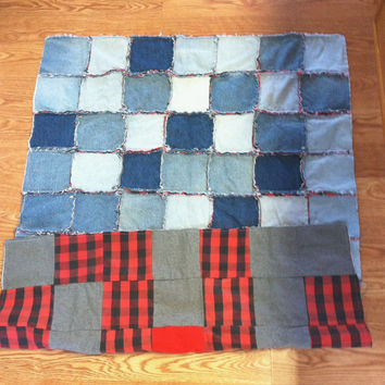 Upcycled Denim Rag Quilt,  Eco-friendly Blue Denim Throw, Denim Patchwork Throw, Blue Denim Patchwork Quilt, Recycled Denim Patchwork Quilt