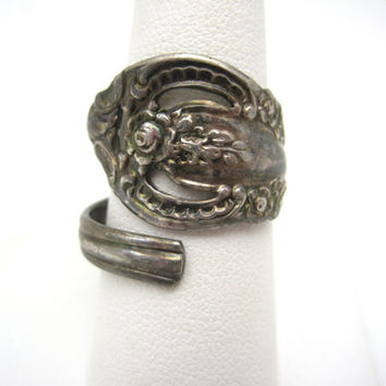 Vintage Spoon Ring - Silverplate - Oneida - Cutout