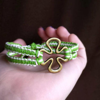 Four Leaf Clover Bracelet Lucky Irish Jewelry Hemp Jewelry EcoFriendly Mens Hemp Bracelet