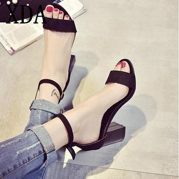 XDA 2017 new fashion Summer Think Mid Heel women Sandals Rough With The Fish Head Word Buckle Sandals open-toed Sandals X446