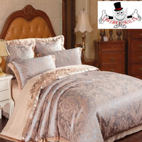 Coral Luxurious Jacquard Embroidered Bedding Set and Quilt Cover
