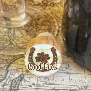 Wine Stopper, Rusty Good Luck Horseshoe and Four Leaf Clover, St. Paddy's Day Handmade Wood Cork, Irish Bottle Stopper, Wood Top Stopper