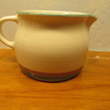 VINTAGE PFALTZGRAFF POTTERY BEVERAGE PITCHER MADE IN THE USA