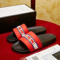 GUCCI 2018 new high quality men and women casual sports feet flat slippers Red