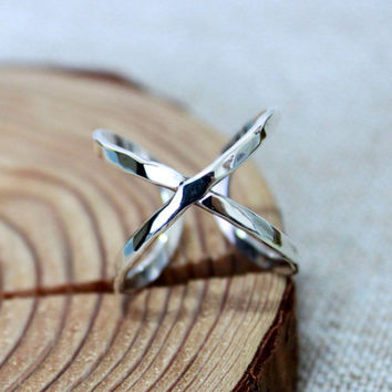 Gorgeous X ring/ Cross ring/ Sterling silver ring