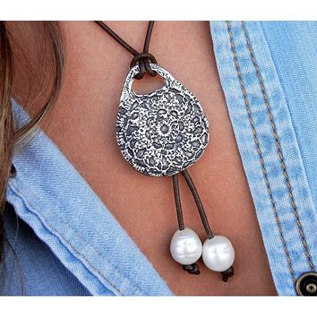 Crochet Boho Leather & Pearl Necklace