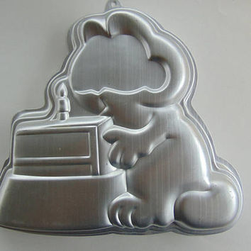 Vintage 1981 Wilton GARFIELD THE CAT Cake Pan #2105-2447