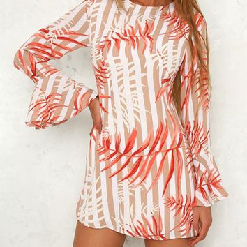 Round Neck  Printed  Bell Sleeve Shift Dresses