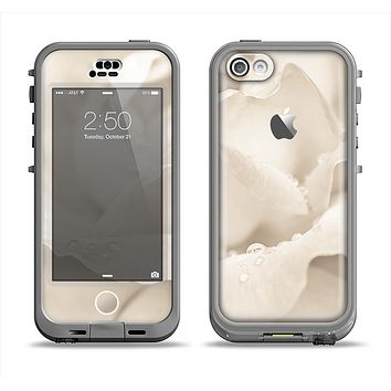 The Drenched White Rose Apple iPhone 5c LifeProof Nuud Case Skin Set