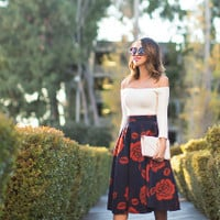 Rose Print  A Line Pleated Skirt