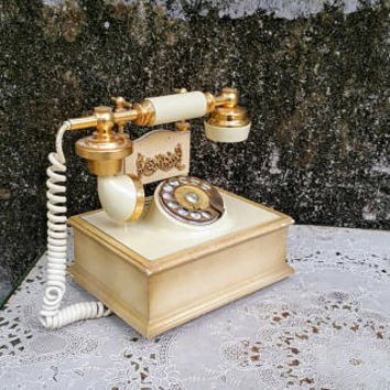 Vintage White Wooden Square Rotary French Phone Deco Tel