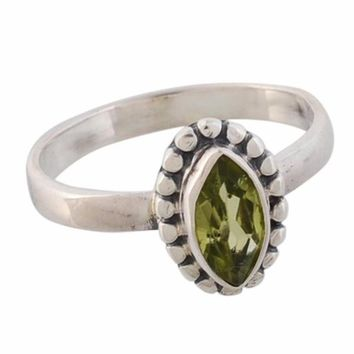 Arvino 925 Sterling Silver Cute Ring With Peridot Gemstone
