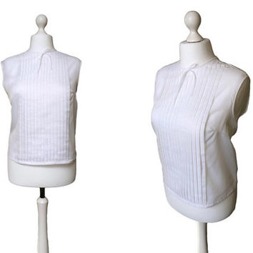 White 1950's Blouse - 50's Shell Top - Large Size - Pleated Front - Back Button Blouse