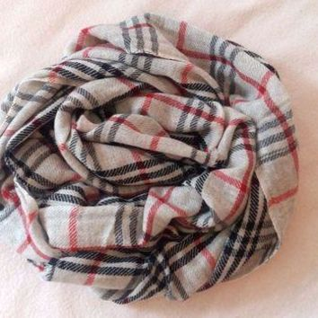 ICIKIN2 Authentic 100% Cashmere scarf, NEW, burberry pattern, handmade, from Nepal