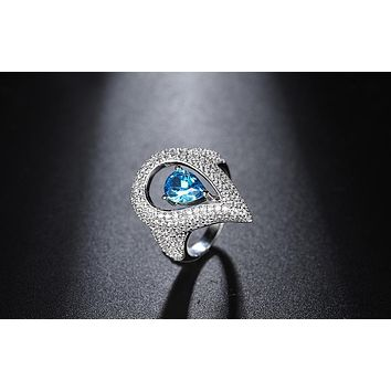 Effie Queen Unique Design Female Ring Pear Cut AAA Cubic Zirconia Silver