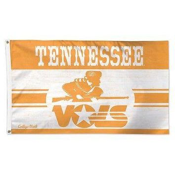 TENNESSEE VOLUNTEERS VAULT 3'X5' DELUXE FLAG BRAND NEW  SHIPPING WINCRAFT
