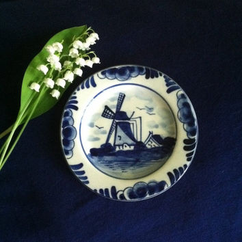 Blue and White Delft Trinket Dish Vintage Elesva Holland Candy Condiment Dish Windmill Kitchen Decor Plate Dutch Dining Decor Jewelry Dish