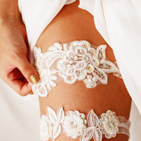 Bridal Garter Set Wedding Garters Lace Garter Set - Floral Garters Belts - Keepsake Garter Toss Garter - Soft White Ivory